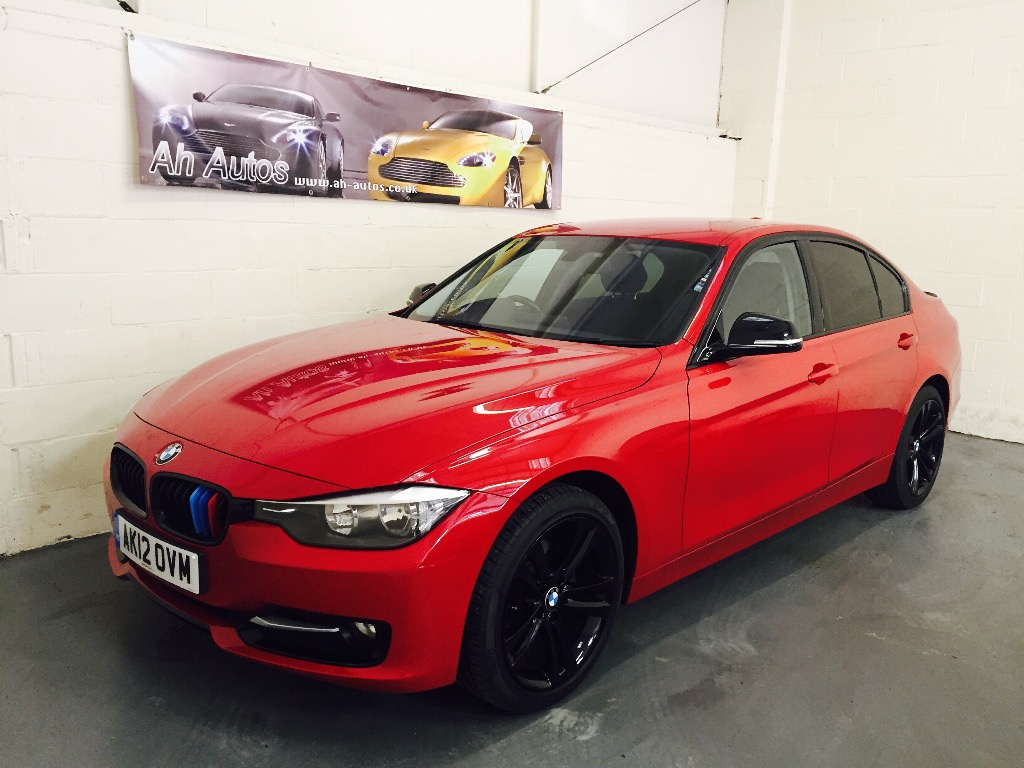 Red BMW 320
