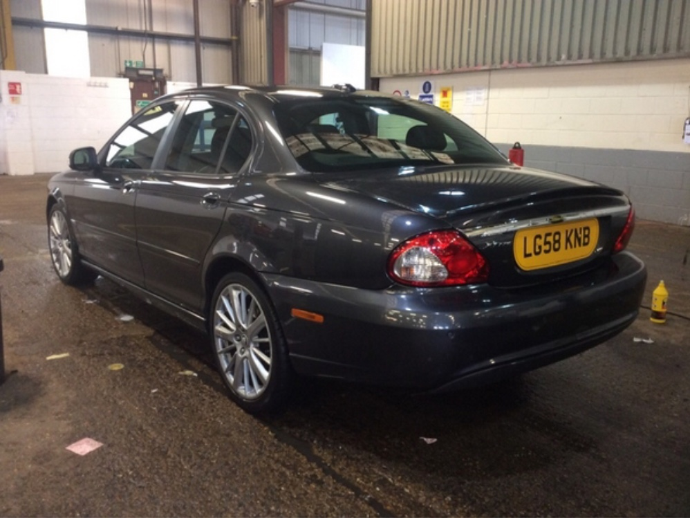 JaguarX-Type 2.0d S Great Spec