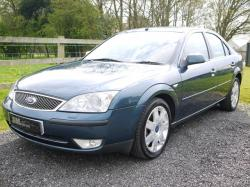 Blue metallic Ford Mondeo