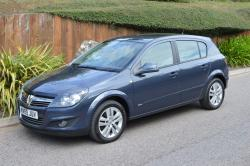 Blue Vauxhall Astra 1.4 SXI, Immaculate,