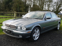 Quartz grey metallic Jaguar XJ X350 LWB