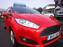 Ford FIESTA 2015 TOP SPEC
